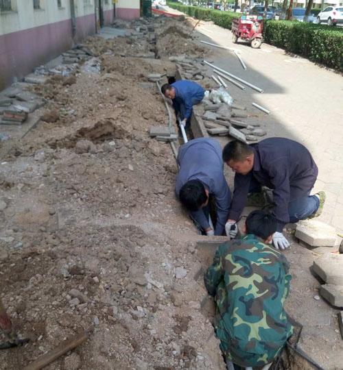 ,老旧管道采用铸铁管工艺,由于 该次施工采用   日前,安居房产下